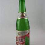 Bouteille de bière en verre vert datant de la brasserie Dow